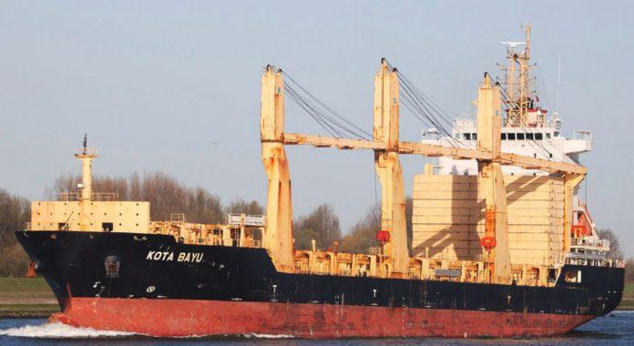 PIL bán thêm ba tàu trước phiên tòa
