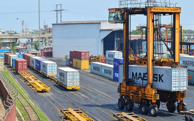 Port-of-Chittagong-containers